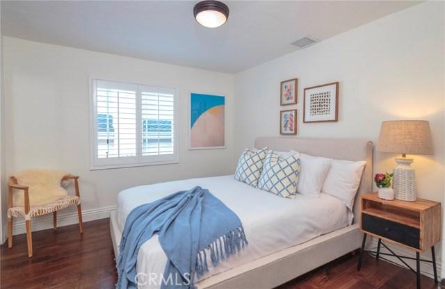 1226 10th Street Manhattan Beach, CA 90266 - MLS #: SB17218365