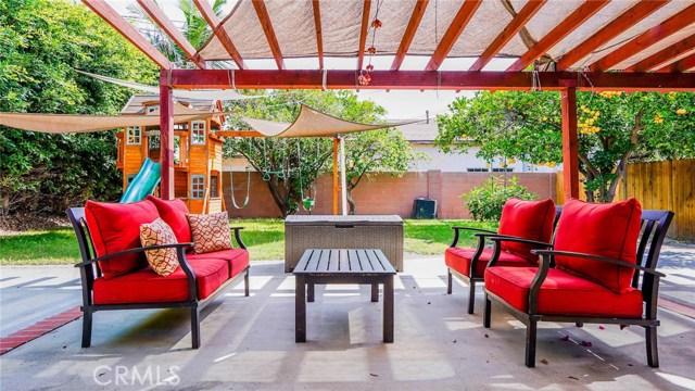 12224 Brookshire Avenue, Downey CA: http://media.crmls.org/medias/2224d8fd-0063-4334-894d-e8f4286bbff7.jpg