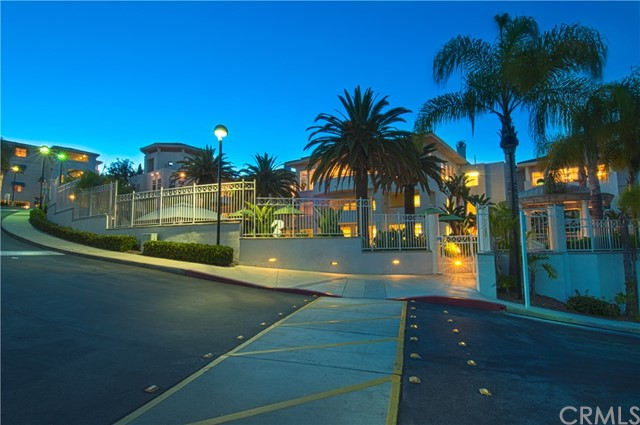 25432 Sea Bluffs Drive 302 Dana Point, CA 92629 is listed for sale as MLS Listing OC17099438