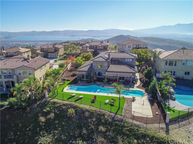 Photo of 18341 Lakepointe Drive, Riverside, CA 92503