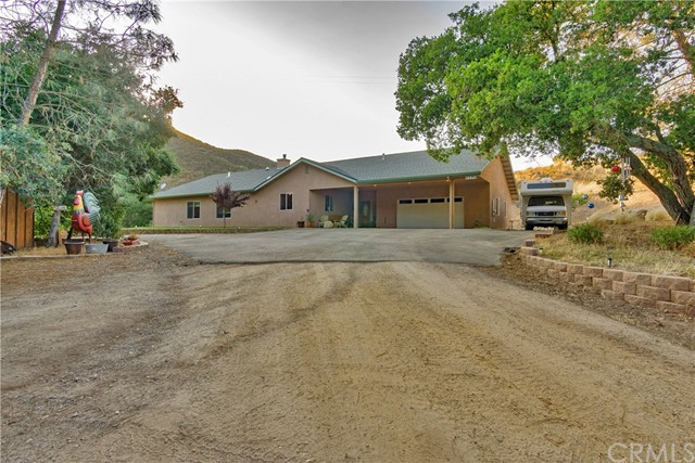 Property for sale at Creston,  CA 93432