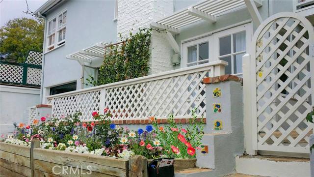 31688 Jewel Avenue Laguna Beach, CA 92651 is listed for sale as MLS Listing LG16190483