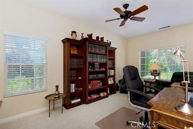 1523 Kohler Court, Riverside CA: http://media.crmls.org/medias/22810527-beef-41c3-a622-061fc6c7d2f7.jpg