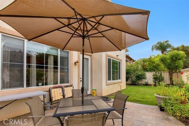 16 Calavera, Irvine CA: http://media.crmls.org/medias/22951dd9-7776-4498-9c59-dbb2a57681ef.jpg