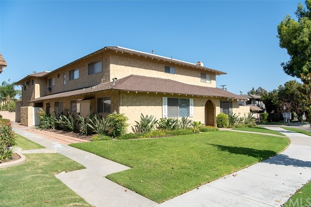 2716 Santiago Road, Fullerton, CA 92835