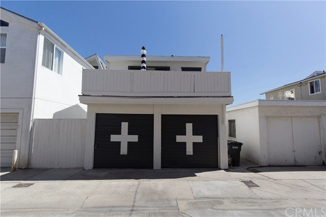 215 29th Street, Newport Beach CA: http://media.crmls.org/medias/22ac330d-e068-4b2a-96f9-a95c32ab0548.jpg