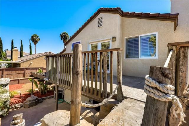 44852 Marge Place, Temecula CA: http://media.crmls.org/medias/22ac7822-48cf-4346-b8ef-5a1cb1a14aca.jpg