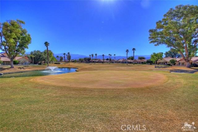 42170 Sand Dune Drive, Palm Desert CA: http://media.crmls.org/medias/22c81442-c141-4140-b0ea-29e47efa5424.jpg