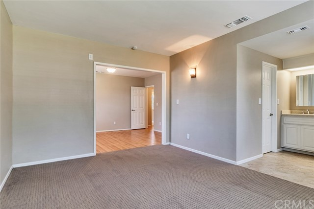 11250 Sunnyslope Avenue, Cherry Valley CA: http://media.crmls.org/medias/22cb8034-f1e9-42b1-99d2-e86ba468fb7e.jpg