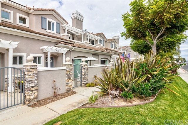 19128  Cole Lane, Huntington Beach, California