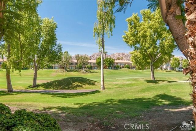 55371 Winged foot, La Quinta CA: http://media.crmls.org/medias/22d234cb-8789-4291-a0b9-05abcacf7767.jpg