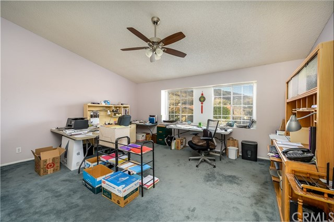 10271 Canyon Vista Road, Moreno Valley CA: http://media.crmls.org/medias/22e8c43a-58a8-48f9-a9f1-e91760926548.jpg
