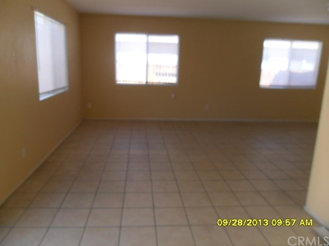 13652 Sylvan Oaks Road, Victorville CA: http://media.crmls.org/medias/22e97283-66f5-4f1f-8453-86c291898817.jpg