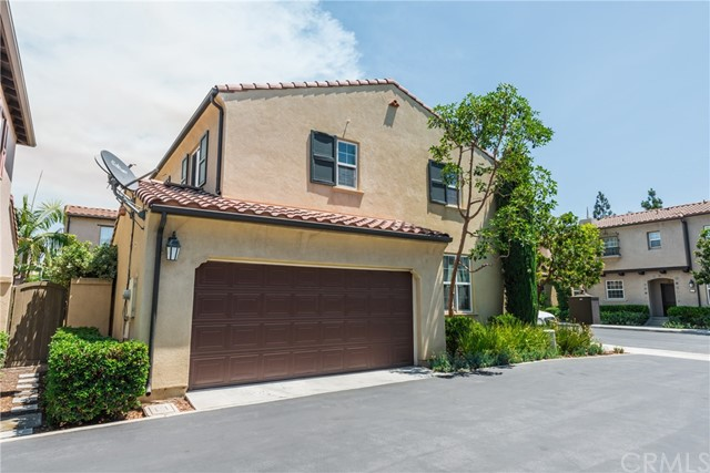 31 Night Bloom , CA 92602 is listed for sale as MLS Listing TR18158041