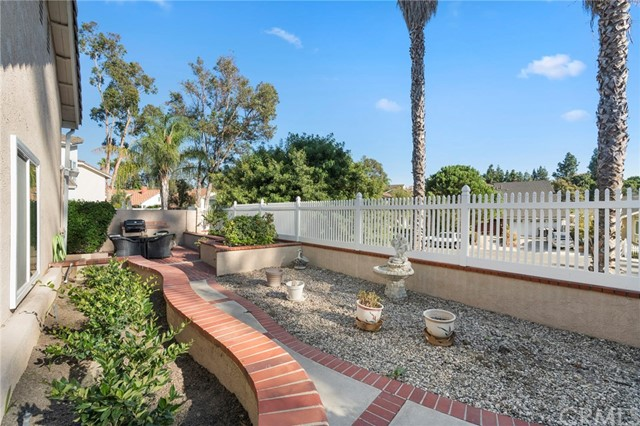 24642 Creekview Drive Laguna Hills, CA 92653 - MLS #: LG17230174
