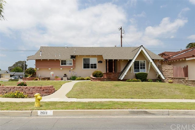 Single Family Home for Sale at 2611 Greenbrier La Habra, California 90631 United States