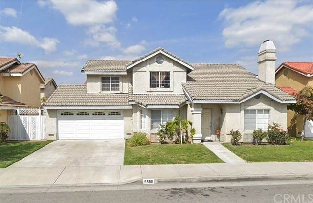 5555 Loveland Street, Bell Gardens, California 90201, 4 Bedrooms Bedrooms, ,2 BathroomsBathrooms,Residential,For Sale,Loveland,CV19175813