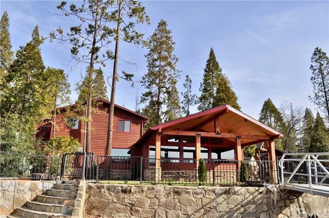 Single Family Home for Sale at 39520 Deer 39520 Deer Bass Lake, California 93604 United States