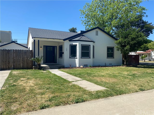 Detail Gallery Image 1 of 1 For 102 E Main St, Merced,  CA 95340 - 3 Beds   2/1 Baths