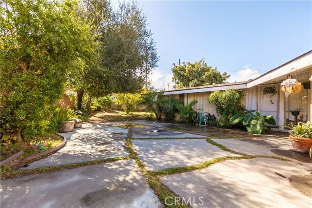 2208 W Midwood Ln, Anaheim, CA 92804 Photo 9