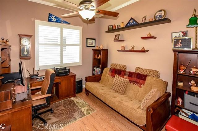 10570 Bridge Haven, Apple Valley CA: http://media.crmls.org/medias/23160257-e53d-40f0-aec4-3f833a317a3a.jpg