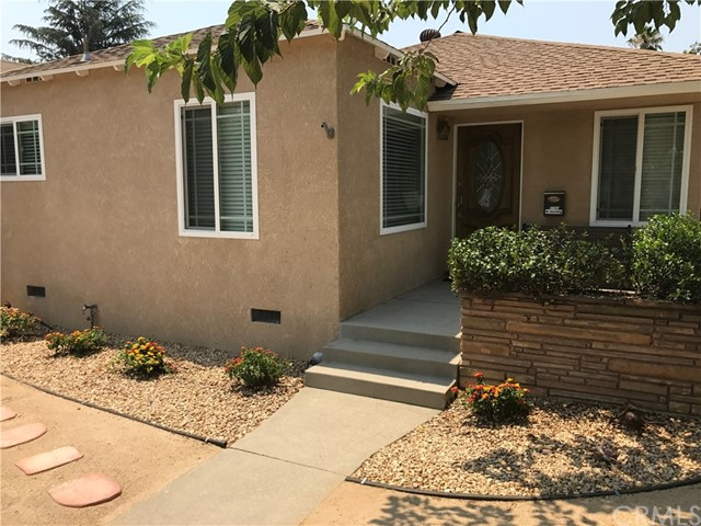 5761 Cleon Avenue, North Hollywood CA: http://media.crmls.org/medias/2320d7f3-8058-4f10-a727-29ea52e1e514.jpg