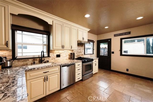 790 Carhart Avenue, Fullerton CA: http://media.crmls.org/medias/232d5b85-dc54-405d-8518-8dc20df43954.jpg