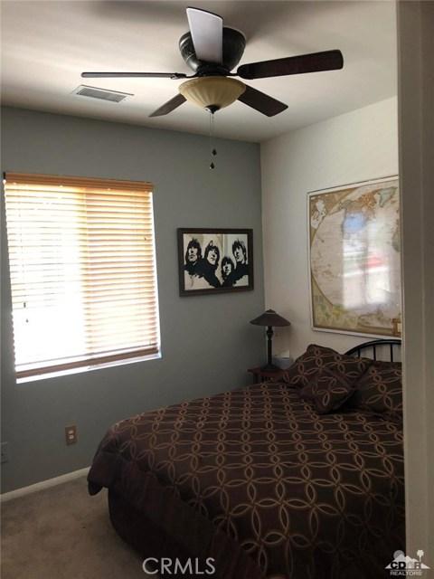 49570 Douglas Street, Indio CA: http://media.crmls.org/medias/233fd377-08aa-4e61-9fc5-fc58f9f0ee5c.jpg