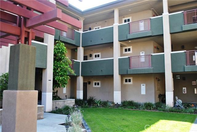 228 S Olive Avenue, Alhambra CA: http://media.crmls.org/medias/23422b61-f453-4c4a-9761-0fb8472d0888.jpg