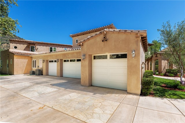 22396 Streamside Court Murrieta, CA 92562 - MLS #: SW17111693