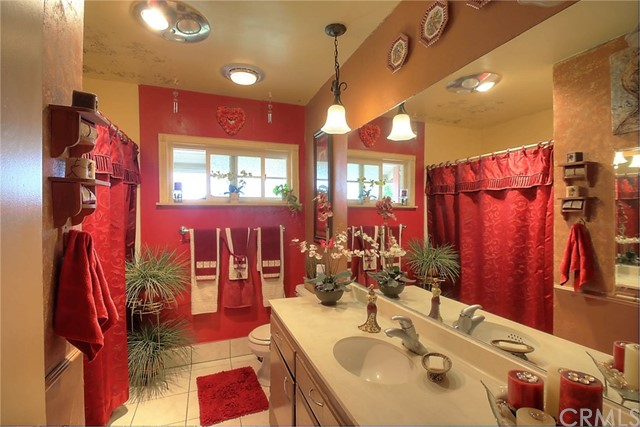 842 N Yvonne Place Anaheim, CA 92801 - MLS #: PW17193698