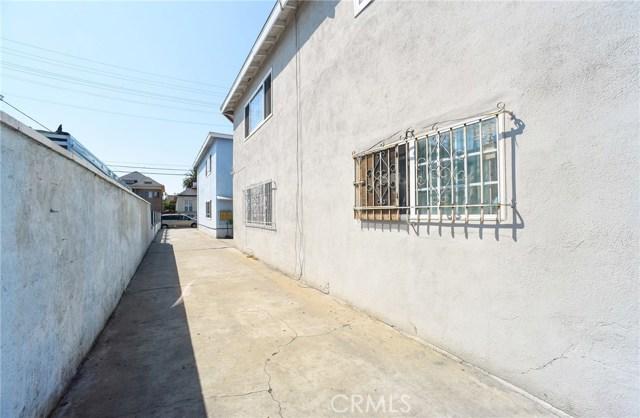 1340 S Union Avenue, Los Angeles CA: http://media.crmls.org/medias/23619928-6860-4fde-9954-1ebcfc0c6fa6.jpg