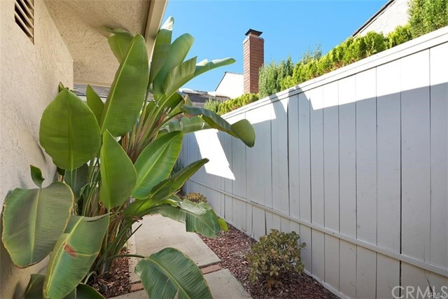 5082 Apple Tree, Irvine, CA 92612 Photo 1