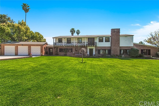 Single Family Home for Sale at 2510 Prince Albert Drive Riverside, California 92507 United States