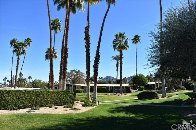 46175 Highway 74, Palm Desert CA: http://media.crmls.org/medias/236496cd-4ece-4bca-912a-ed3db0456a62.jpg