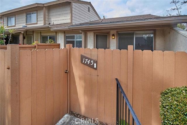 1745 Avenida Selva, Fullerton CA: http://media.crmls.org/medias/2369155d-3c3b-4d0c-99c8-f4f9b47e75d1.jpg