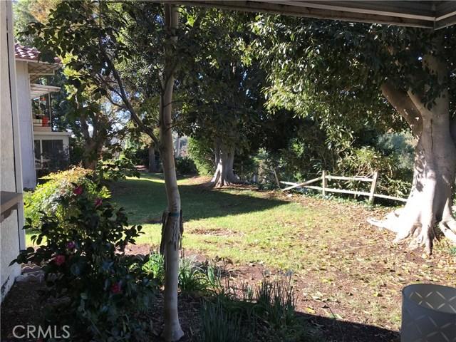 3274 San Amadeo, Laguna Woods CA: http://media.crmls.org/medias/236a37d1-a8a0-4517-b556-187df57c5661.jpg
