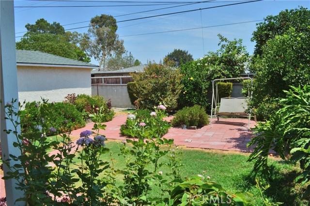 6428 Bonnie Vale Avenue, Pico Rivera CA: http://media.crmls.org/medias/236b1f09-9dab-468f-a9dd-537621a0666e.jpg