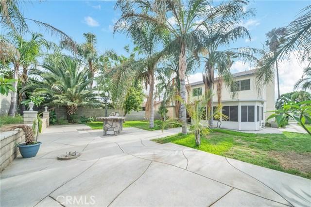725 S Lassen Avenue, San Bernardino CA: http://media.crmls.org/medias/236c1348-7082-4ad7-a932-51d36edf9bcc.jpg