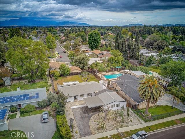 10000 Encino Avenue, Northridge CA: http://media.crmls.org/medias/23741943-cb10-4bc2-96c2-477d5123668f.jpg