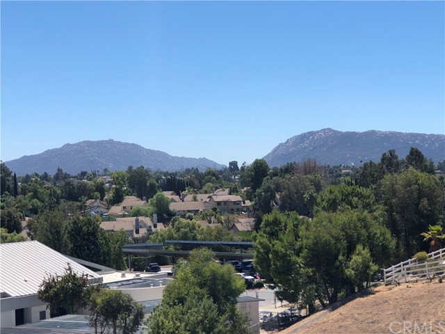 30387 San Pasqual Rd, Temecula, CA 92591 Photo 4