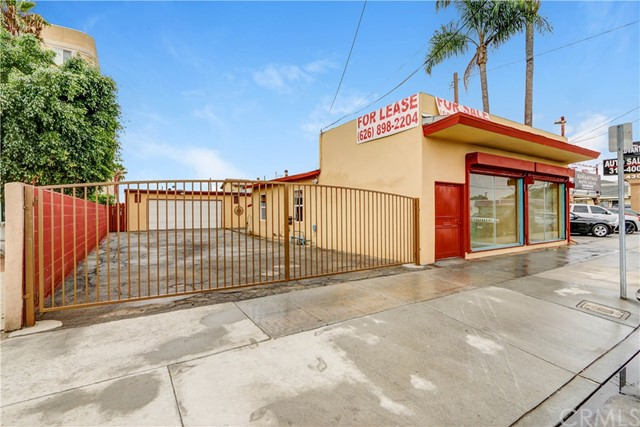 Offices for Sale at 4312 Florence Avenue Bell, California 90201 United States