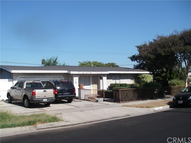 Single Family Home for Sale at 13741 Cypress Street Garden Grove, California 92843 United States