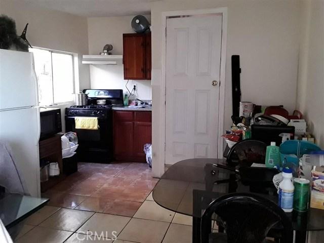 11213 S Central Avenue, Los Angeles CA: http://media.crmls.org/medias/238528ca-4742-4fd5-8c69-2ec57f6e9e69.jpg