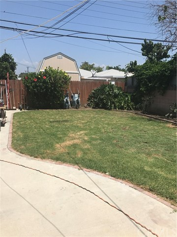 12301 E 211 Street Lakewood, CA 90715 - MLS #: PW17176418