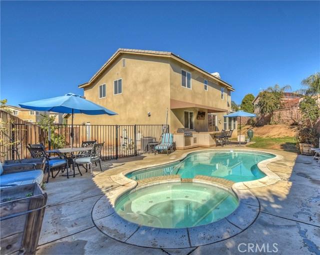 12829 Yucaipa Creek Place, Yucaipa CA: http://media.crmls.org/medias/23b3e4e0-bad3-4371-aa03-0ba0d0d0112e.jpg