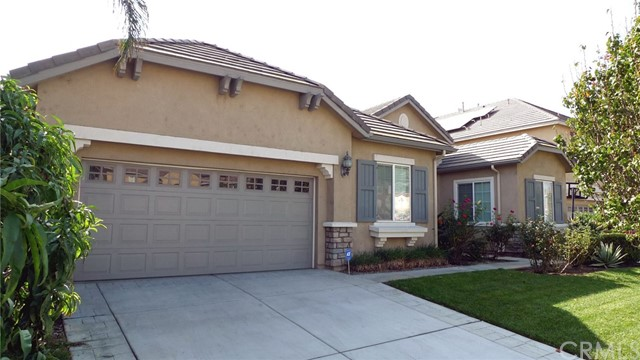 14449 Dalebrook Drive, Eastvale CA: http://media.crmls.org/medias/23b96761-f319-4261-bca3-330adbf77f73.jpg