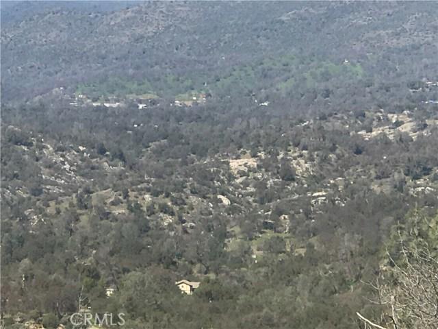 45 Lookout Mountain Road, Mariposa CA: http://media.crmls.org/medias/23b9825b-fe87-4b06-b5fb-50670b4f7c87.jpg