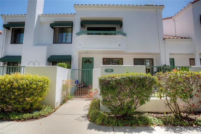 19521 Pompano Lane 111 Huntington Beach, CA 92648 is listed for sale as MLS Listing OC16155681