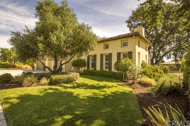 839  Hacienda Circle, Paso Robles, California